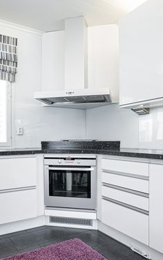 The flexible PETE chimney pipe provides convenient connection of the cooker hood! This product has a VTT usability statement! Corner Stove, Kitchen Corner, Kitchen And Bath, New Kitchen, White Kitchen Cabinets, Kitchen Cabinet Design, Interior Design Kitchen, Rustic Kitchen, Kitchen Decor