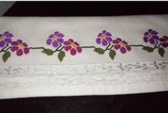 This Pin was discovered by Özc Canvas Template, Dress Design Sketches, Cross Stitch Patterns, Diy And Crafts, Projects To Try, Lily, Embroidery, Blanket, Knitting
