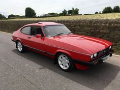 eBay: Ford capri 2.8 injection 1984, Cardinal Red #1980s #cars Escort Mk1, Ford Escort, Retro Cars, Vintage Cars, 70s Cars, Ford Sierra, Ford Capri, Ford Classic Cars, Old Fords