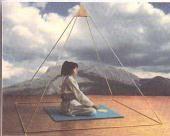 Piramidologia: tecnica para el uso y aplicacion de energia concentrada a traves de una figura geometrica especifica