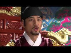 5分でわかる「トンイ」~第15回 あの方が王様...~ 貧しい境遇から王の側室となり後の名君を育てたトンイの劇的な生涯を描く韓国超大作歴史ドラマ。 NHK総合テレビに登場の『トンイ』が5分でわかるダイジェスト版。うっかり見逃した、もう一度みたい・・・そんなあなたはこれをチェック!  第15回「あの方が王様...」  清国の兵士に追われるトンイは、ちょうど粛宗(スクチョン)を見つけ助けを求める。トンイは武官が粛宗を「王様」と呼ぶのを聞きとまどうが、粛宗が本当に王だと悟り驚く。 粛宗はキム・ユンダルの密輸を暴こうと、トンイが見つけた暗号の場所をただちに捜索するよう命じる。 第15回を5分ダイジェストでご紹介! NHK総合テレビ 毎週日曜 午後11時~ (C)2010 MBC  番組HPはこちら「http://nhk.jp/toni」