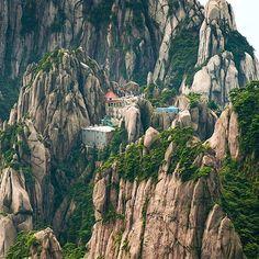 Jade Screen Hotel, Huangshan Mountain, China   Photo - ©Jason Freeman.  Also Follow  @TheBeautyOfThailand  #OurLonelyPlanet