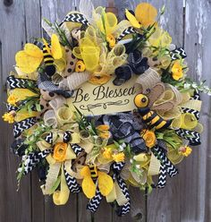 Everyday Wreath, All Season Wreath, Door Hanging, Spring Wreath, Summer Wreath… Wreath Crafts, Diy Wreath, Wreath Ideas, Wreath Making, Frame Wreath, Diy Crafts, Wreaths For Front Door, Door Wreaths, Burlap Wreaths