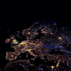 Here's an amazing photo of Europe taken from space at 12 midnight on New Year's Eve.... Outstanding!