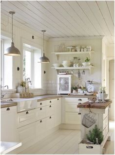 Farmhouse Kitchen Cabinets, Farmhouse Style Kitchen, Kitchen Cabinet Design, Kitchen Paint, Kitchen Countertops, New Kitchen, Kitchen Ideas, Farmhouse Design, Kitchen Island