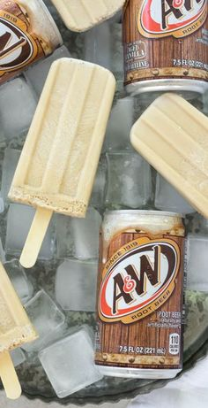 Root Beer Float Popsicles Root Beer Float Popsicles are made with AW Root Beer and vanilla ice cream packed into popsicle molds and frozen for a delicious treat made with. Ice Cream Treats, Ice Cream Desserts, Frozen Desserts, Ice Cream Recipes, Frozen Treats, Root Beer Ice Cream Recipe, Ice Pop Recipes, Frozen Drink Recipes, Disney Recipes