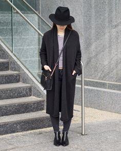 A Little Detail - The Coatigan #myaritzia #womensfashion #style #outfit #coat #minimal #minimalandchic #minimalandclassic #classic #monochromefashion
