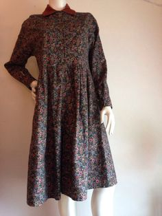 1990s Flannel floral baby doll dress with corduroy collar long
