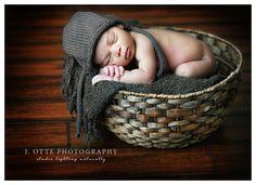 Google Image Result for http://www.jodieotte.com/blog/0112/newborn_in_basket.jpg