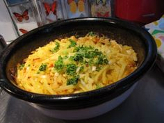 Broilerikiusaus Pasta Carbonara, Macaroni And Cheese, Curry, Food And Drink, Eat, Ethnic Recipes, Drinks, Red Peppers, Drinking