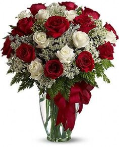 Send anniversary flowers from a real Southampton, NY local florist. Dutch Petals Inc has a large selection of gorgeous floral arrangements and bouquets. We offer same-day flower deliveries for anniversary flowers. Bunch Of Red Roses, Red And White Roses, Rose Delivery, Flower Delivery, Bouquet Delivery, Order Flowers, Flowers Online, Send Flowers, Send Roses
