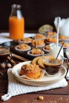 Muffins de calabaza especiados rellenos de crema de queso