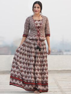 Aaiza - Hand Block Printed Long Jacket Top & Skirt - DS92F001 Kurta Designs Women, Kurti Neck Designs, Kurti Designs Party Wear, Blouse Designs, Cotton Nighties, Cotton Gowns, Indian Designer Outfits, Designer Dresses, Kalamkari Skirts