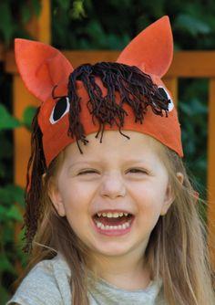 Pferde-Bandana nähen zu Fasching oder Karneval - Schnittmuster und Nähanleitung via Makerist.de #karneval #fasching #kostüm #nähenmitmakerist #nähen #nähanleitung #schnittmuster #schnitt #pdfschnitt #pdfpattern #nähenmachtglücklich #nähenistwiezaubernkönnen #nähenisttoll #sewing #sew #sewingproject #sewingpattern #diy #diyproject