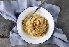 Cytrynowy deser z mascarpone i borówkami (bez glutenu i bez cukru) – Kuchnia w formie Rigatoni, Spaghetti, Ethnic Recipes, Food, Mascarpone, Essen, Meals, Yemek, Noodle