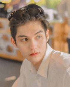 Ideal Boyfriend, Boyfriend Photos, Bae, Bright Wallpaper, Bright Pictures, Chinese American, Bright Future, Asian Actors, Drama
