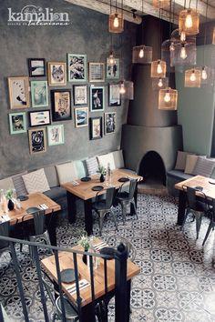 www.kamalion.com.mx - Decoración / Diseño de Interiores / / Restaurante Marquelia / Interior design / Vintage / Jaulas / Iluminación / Cojines / Marcos / Frames / Mint / Gold / Black / Menta / Tulix / Chimenea.