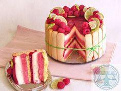 Raspberry-lime Charlotte Grumbles – Pastry World Baking Recipes, Cake Recipes, Dessert Recipes, Pie Cake, No Bake Cake, Köstliche Desserts, Delicious Desserts, Mini Cakes, Cupcake Cakes