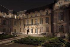 le musée Carnavalet comprend 2 hôtels particuliers du XVIe & XVIIe + des extensions dont voici une image