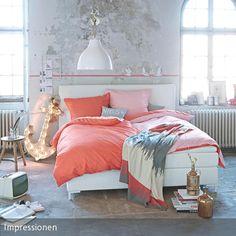 Große, hohe Räume eignen sich dafür, im Loft-Style eingerichtet zu werden: Eine ideale Kombination hierfür ist ein Fußboden in Beton-Optik und eine…