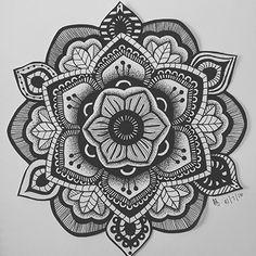 Made by Rajonna Mandala Hand Tattoos, Mandala Tattoo Design, Mandala Drawing, Tattoo Designs, Mandala Pattern, Zentangle Patterns, Elbow Tattoos, Zentangle Drawings, Mandala Coloring Pages