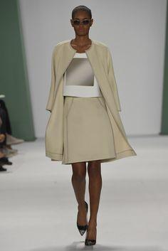 Play on the skirt suit. Carolina Herrera RTW Spring 2015 #womens #style #fashion