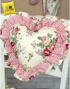 Dressing Home - Dressing Home Vintage Cushions, Decorative Cushions, My Sewing Room, Sewing Rooms, Chair Covers, Pillow Covers, Fabric Hearts, Fabric Combinations, How To Make Pillows