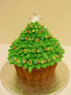Christmas cupcake .