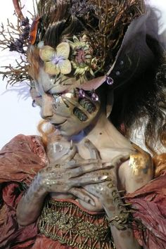 Virginie Ropars   her brilliant ArtDoll....great idea for fairy/mother earth costume