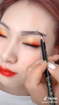 Eyebrow Makeup Tips, Makeup Tutorial Eyeliner, Makeup Looks Tutorial, Eye Makeup Steps, Makeup Videos, Perfect Eyebrows Tutorial, Permanent Makeup Eyebrows, Fall Eye Makeup, Makeup Eye Looks
