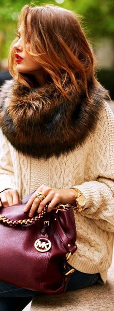knit with fur details. Can I recycle an old mink jacket to this collar??