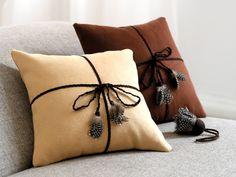 "Kissen ""Bird"" Beautiful Interior Design, Throw Cushions, Country Life, Home Art, Bird, Inspiration, Home Decor, Ideas, Toss Pillows"