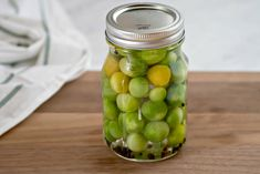 These spicy Pickled Green Tomatoes are a quick and easy way to use up green cherry tomatoes for a tasty bite size refrigerator pickle. Pickled Cherries, Canned Cherries, Canning Cherry Tomatoes, Pickled Green Tomatoes, Cinnamon Pickles, Cherry Tomato Recipes, Tasty Bites, Curtido, Kitchens