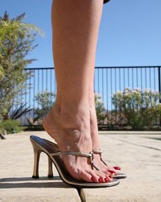 #footfetish #soles #solesporn #solesfetish #footporn #heelsfetish #toesfetish