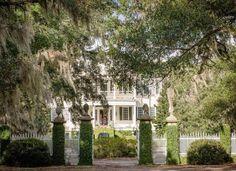 1810 Seabrook Plantation For Sale In Edisto Island South Carolina — Captivating Houses Seabrook House, Greek Revival Architecture, Edisto Beach, Front Stairs, Seabrook Island, Double Staircase, Edisto Island, Johns Island, Old House Dreams