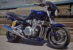 XJR 1300 Yamaha Motorbikes, Yamaha Motorcycles, Cars And Motorcycles, Yamaha Xjr 1300, Old Bikes, Street Bikes, Cool Cars, Fine Art Prints, Cool Stuff