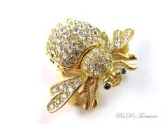 Signed JOAN RIVERS Pave CRYTSAL Clear BEE Gold Tone QUARTZ Watch Pin Brooch