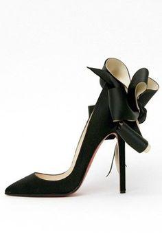 black shoes - Fashion Jot- Latest Trends of Fashion