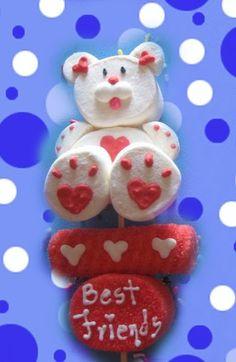 """Paletas de bombón para este día de San Valentín... El mejor detalle para tu pareja es algo """" hecho por nosotros mismos """", no algo compr..."""