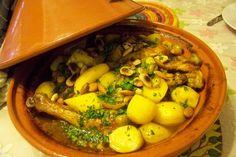 Tajine de poulet au safran, citrons confits et olives vertes