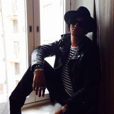 Glam Rock, Ruffle Blouse, Leather Jacket, Eyes, Jackets, Helsinki, Vampires, Women, Fashion