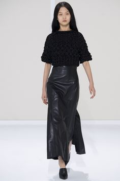 Hermès Spring 2016 Ready-to-Wear Fashion Show - Wangy Xinyu (Next)