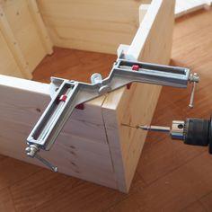 Instagramで超話題のダイソーのスクエアボックスを、IKEAで人気な収納家具『TROFAST』トロファスト風にDIYしてみました♪ Woodworking Projects Diy, Wood Projects, Wood Tools, Deco Furniture, Diy Interior, Wooden Pallets, Diy Organization, Diy Hacks, Diy And Crafts