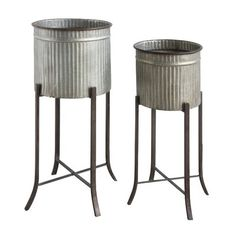 Our lovely Standing Round Metal Planter, Set of is a useful metal bucket set. Visit Antique Farmhouse for more plant stands and metal buckets! Metal Planter Boxes, Rustic Planters, Window Planter Boxes, Large Planters, Planter Pots, Steel Planter, Planter Garden, Wall Planters, Modern Planters