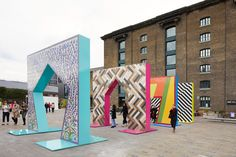 Adam Nathaniel Furman creates sequence of tiled archways at London Design Festival London Design Week, London Design Festival, Entrance Design, Gate Design, Festival D'art, V & A Museum, Tile Installation, Design Museum, Public Art