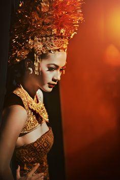 a place where the clock stops ticking: Anton Ismael for Dewi magazine (dewi wedding)- Bali's Bride