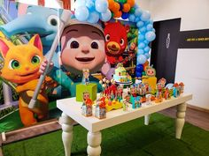 Media by @decoracioneselshowdelgato - COCOMELON Con color... quieres una decoración Cont... 1st Birthday Party Themes, 1st Boy Birthday, Birthday Ideas, Colorful Birthday, Holidays And Events, First Birthdays, Instagram, Peppa Pig, Gabriel