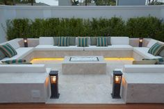 41 Affordable Diy Project Fire Pit Table Ideas To Decorate Y. - 41 Affordable Diy Project Fire Pit Table Ideas To Decorate Your House In Winter - Backyard Seating, Backyard Patio Designs, Modern Backyard, Garden Seating, Backyard Landscaping, Backyard Ideas, Firepit Ideas, Landscaping Ideas, Bar Seating