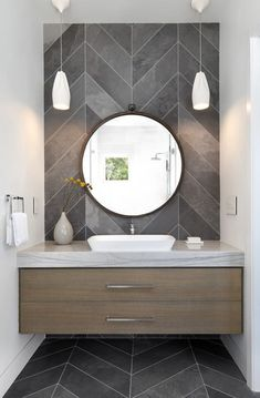 Delicate Contemporary Dark Wood Bathroom Vanity Design Ideas To Have – Bathroom Inspiration Modern Bathrooms Interior, Modern Bathroom Design, Bathroom Interior Design, Interior Decorating, Contemporary Bathrooms, Decorating Ideas, Bath Design, Interior Modern, Contemporary Bathroom Inspiration