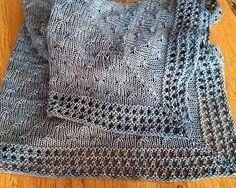 şiş ile örülen gri örgü battaniye modeli
